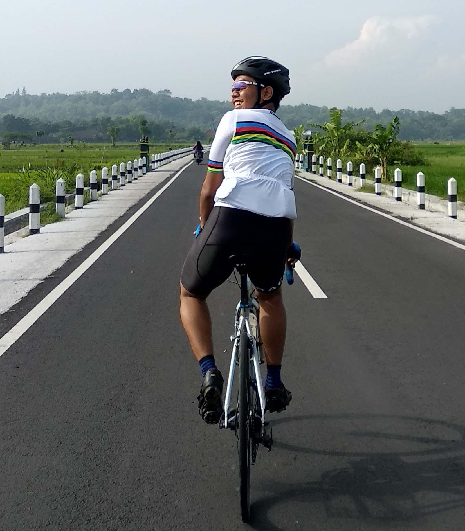 Mengenal Aliran Modifikasi Sepeda Drag Hobigowes