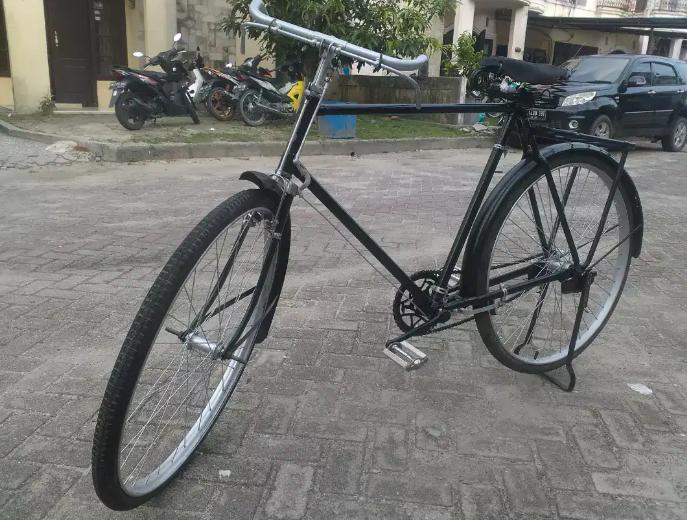 Sepeda Onthel Batavus
