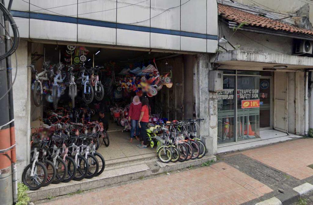 Toko Sepeda Kemenangan